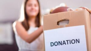 If you're like many Canadians, you probably also take an interest in giving back to the community around you, and the world at large. (Getty Images/iStockphoto)